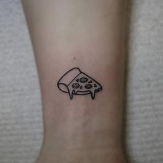 www.tattooforaweek.com blog wp-content uploads 2016 10 pizza-tattoo.jpg