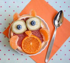 How's it going, grapefruit owl? | 19 Easy And Adorable Animal Snacks To Make With Kids