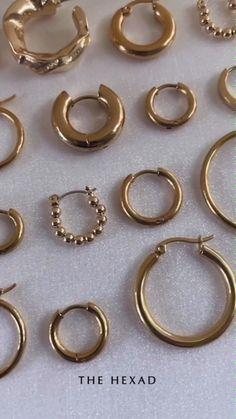 Small Gold Hoop Earrings, Gold Earrings, Gold Jewelry, Jewellery, Jewelry Kpop, Fashion Jewelry, Diy Christmas Gifts For Friends, Pretty Ear Piercings, Gold Ring Designs