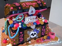 Girl Pirate Birthday@Shannon Kimbrough Redden you should check this out for Max....It could be converted to work for a boy party too!
