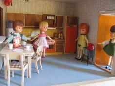 Doll-house kitchen - Lundby