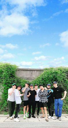 Do Kyungsoo Exo Chanyeol, Exo Ot12, Kpop Exo, Kyungsoo, Kaisoo, Exo Group Photo, Exo Album, Exo Lockscreen, Z Cam