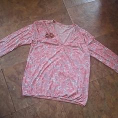 Cute casual top Fair condition. Soft and comfy, lightweight knit. Great with jeans. Don't miss out Loft Tops