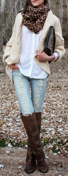 #Winter #Outfits / Leopard Print Scarf + Knit Cardigan