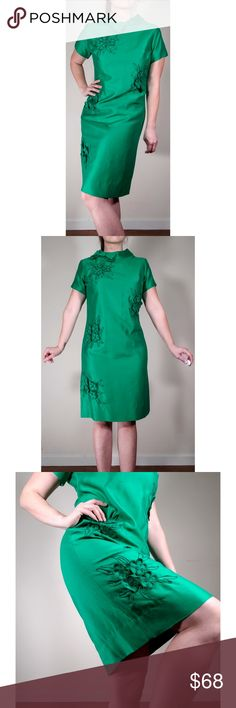 """TRUE VINTAGE Emerald Green Floral Dress Vintage with only a """"Lot 11/12"""" tag. Fits like a modern 8  Pit to Pit 18.5"""" Waist 16.5"""" Shoulder to hem 38.5""""  So many amazing details on here. Zip down back with a two hook collar enclosure. Excellent Vintage Condition  Please see photos for details and condition. Items are pre-loved, possibly vintage, and may have minor imperfections not noted. Please feel free to ask questions before purchasing.  And don't forget to bundle, for even deeper… Dress Vintage, Vintage Ladies, Plus Fashion, Fashion Tips, Fashion Design, Fashion Trends, Green Floral Dress, Funny Minion, Size 8 Dress"""