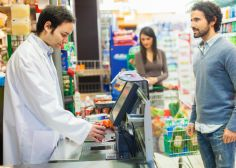Je suis caissier de supermarché et ces 5 comportements effarants sont mon quotidien  VRAIMENT EFFARANT !!!!
