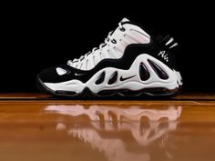 reputable site ca0fc 9e97a Shop Nike Shoes, Apparel, Accessories at Renarts   Nike   Renarts
