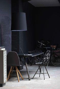 ✿ Black Interior design Méchant Design: strong black