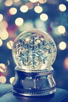 Snowflake Snowglobe