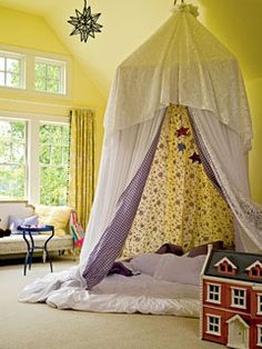 """fort fridays""- such a good idea. This site has tons of fun little things to do with your kids."