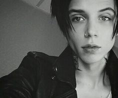 Hi I'm Andy Biersack in the son of  wolverine I changed my name  to Andy it's a long story but I sing and I'm in band called black veil brides I'm single so ce say hi