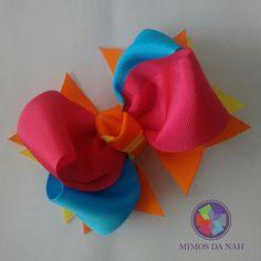 Laço Alegria tamanho M  Pode ser aplicado na meia de seda larga, meia de seda estreita, tiara ou bico de pato forrado.  Material: gorgurão  Medida aprox.: 8 cm  Consulte as cores disponíveis!
