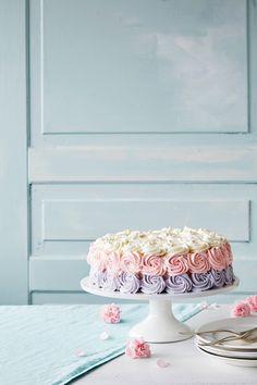 Ruusupursotus | K-ruoka #koristelu Baking, Party, Desserts, Food, Tailgate Desserts, Deserts, Bakken, Essen, Parties