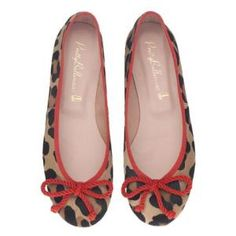 Pretty Ballerinas big leopard print and red Ballerina Shoes, Ballet Flats, Walk In My Shoes, Flat Shoes, Pretty Ballerinas, Animal Print Fashion, Style Me, Fashion Shoes, Lace Up
