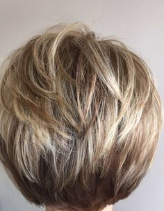 The Flapper Reborn - 40 Сharming Short Fringe Hairstyles for Any Taste and Occasion - The Trending Hairstyle Short Hairstyles For Thick Hair, Short Layered Haircuts, Mom Hairstyles, Haircuts For Fine Hair, Short Hair With Layers, Fringe Hairstyles, Short Hair Cuts, Teenage Hairstyles, Medium Hair Styles