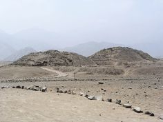 Archaeologists exploring the 5,000 yr old city of Caral in Peru believe it might be the earliest city in the New World.