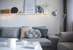 Hygge – klucz do radości życia, który drzemie w każdym z nas. Hygge, Nasa, Couch, Furniture, Home Decor, Settee, Decoration Home, Sofa, Room Decor