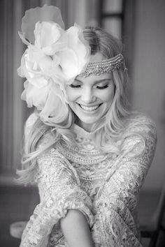 "Sposa boho chic con copricapo direi ""sobrio"" ;) #hairstyle #headpiece #matrimoniolowcost Look at the headpiece!"