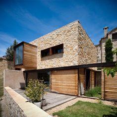 La Revilla House, Segovia, Spain by Estudio Mariano Martin.