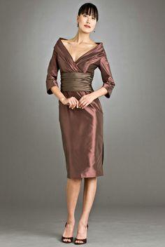 Siri Bridal – 9469 Doris Day Dress available at Carrie Karibo Boutique Cincinnati, Ohio www.carriekaribo.com