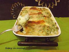 Share: Buongiorno! oggi pasticcio di broccoli al formaggio, una ricetta gustosa per inaugurare la mia nuova casetta! 🙂 Il pasticcio di broccoli è insaporito da tanto formaggio filante e pecorino grattugiato, per un piatto unico e anche saporito! 🙂 INGREDIENTI (per 3 persone): 500 gr di broccolo siciliano sale pepe 3 albumi 150 gr di …Read more...