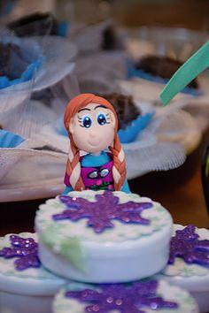 Festa infantil para meninas com oficina de scrapbooking na Freguesia. Frozen