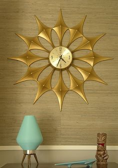 Starburst Clock...Would look so cool in the family room on one of the big walls!