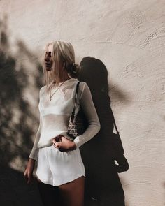 You don't need to see the sunset to feel the warmth of its colours ~ atticus // wearing all things white by 💫✨ White Outfits, Summer Outfits, Casual Outfits, Fashion Outfits, Womens Fashion, Casual Shorts, Best Street Style, Street Style Outfits, Capsule Wardrobe