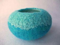 wet felted pod  project on Craftsy.com