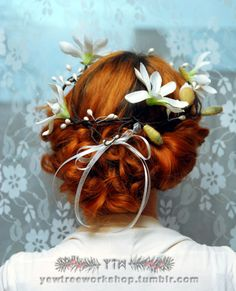 White magnolia hair wreath by yew Tree Workshop