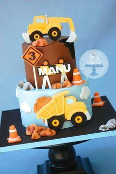 Construction vehicle cake