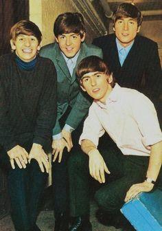 Richard Starkey, Paul McCartney, John Lennon, and George Harrison The Beatles 1, Beatles Band, Beatles Photos, Beatles Funny, Beatles Guitar, Rock And Roll Bands, Rock Bands, Liverpool, Richard Starkey