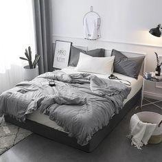 Room Ideas Bedroom, Home Decor Bedroom, Grey Room, Cosy Grey Bedroom, Grey Bedding, Bedding Sets, Gray Bedspread, Dorm Bedding, Luxury Bedding