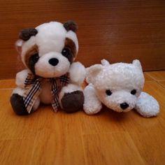 แรคคน กบ หมขาว แบวๆ นารกมากคะ ราคาตวละ 120 บาทคะ สงฟร ลทบ. line:kesyjung  #buildabear#carebears#carebear#colorfulbear#cutebear#cutedoll#cutestuff#doll#doll2hand#dollshop#cuteshop#poteusaloppy#tydoll#tybear#starbuckbear#carealot#disney#sanrio#rabbitdoll by lovedbearshop