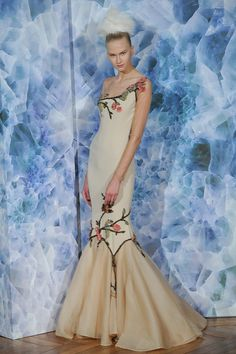I am not a huge fan of the middle of this dress, but the top and bottom are KILLA. @Alexis Mabille