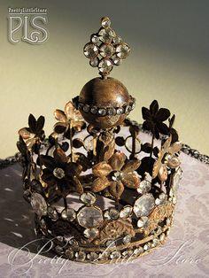 Santos crown