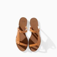 FLAT SANDAL WITH ASYMMETRIC STRAPS - Shoes - WOMAN | ZARA United States
