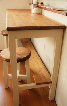 Diy Furniture, Furniture Design, Woodworking Projects Diy, Diy Interior, Small Space Living, Entryway Tables, Dining Table, Home Decor, Kitchens