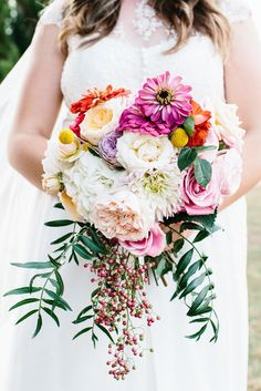 Hello gorgeous florals...Photography by Erin   Tara / erinandtara.com.au/blog/kirby-jack/, Floral Design   Styling by Prunella / prunella.com.au