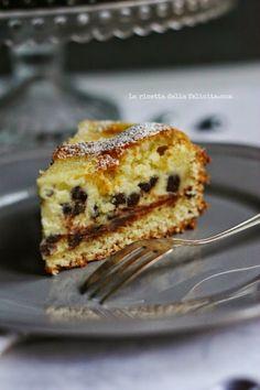 Mascarpone tart with chocolate chips Best Italian Recipes, Italian Desserts, Sweet Recipes, Cake Recipes, Dessert Recipes, Delicious Desserts, Yummy Food, Torte Cake, Sweet Cakes