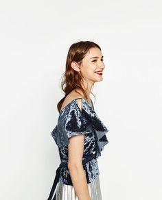 Image 2 of FRILLED VELVET TOP from Zara