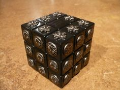 Rubik's Cube for the visually impaired! I can't wait to make this and solve it for the first time!!