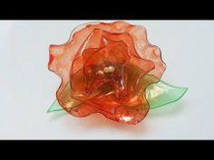Rosas feitas com a reutilização garrafa pet