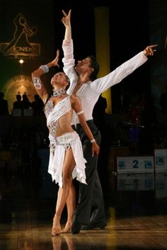 Charles-Guillaume Schmitt &Eléna Salikhova - 1st Place World Youth Latin Championships 2008 - Video (at 5:02): http://www.youtube.com/watch?v=oMGIhuoLOgY#!