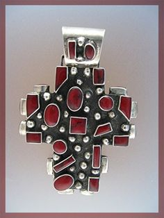 Sterling silver and dark red coral pendant - Mexico