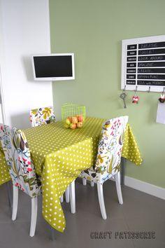 "Foto ""pinnata"" dalla nostra lettrice Carla Corvasce, blogger di Craft patisserie beautiful ikea's chairs in my fall inspired kitchen"