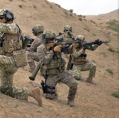 Turkish Army SF in Kafkas Operation Special Forces Army, Turkish Army, Black Ops, Kobe Bryant, Armed Forces, Soldiers, Tractors, Guns, Military