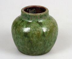 Lea Halpern vaasje - Keramiek- en glasveiling - Keramiek en glas veilen of kopen op de Catawiki veiling