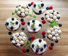 sunne blåbærmuffins med mager kesam. få rare ingredienser