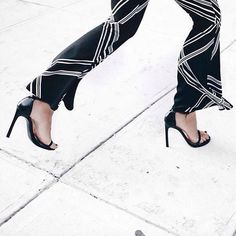 Flares are BACK IN for Spring!  If you don't want to go completely out of your comfort zone - then go with something subtle like the Keepsake The Label 'Fast Forward' Pants as worn by fashion blogger @theserenagoh  @keepsakethelabel #keepsakethelabel #shopping #lookbookboutique #flares #ausfashionlabels #streetstyle #streetfashion #fashion #fashion2015 #springracing #springfashion #lookbookboutique #boutique #fashionblog #fashionblogger #blogger #monochrome #blackandwhite